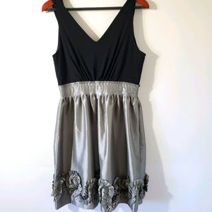 Max and Cleo Sleeveless Dress - M